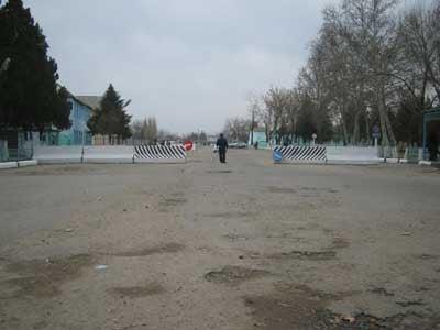 The Tashkent Province Court, where Tojibaeva was sentenced (c) Human Rights Watch<br />