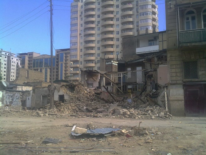 A recently destroyed house in Central Baku (Photo courtesy of Human Rights Watch).