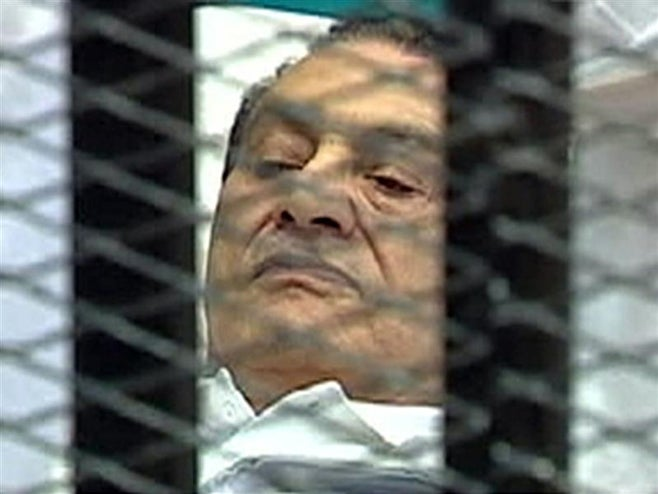 2011_Egypt_Mubarakontrial