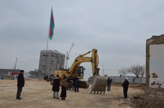 2012_Azerbaijan_evictions_de