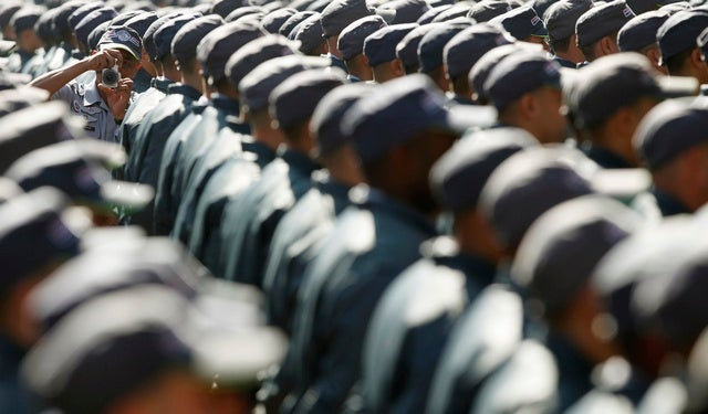 2013-brazil-police-graduation