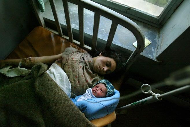 2013_Afghanistan_WRD_ChildMarriage_DomesticViolence_DE