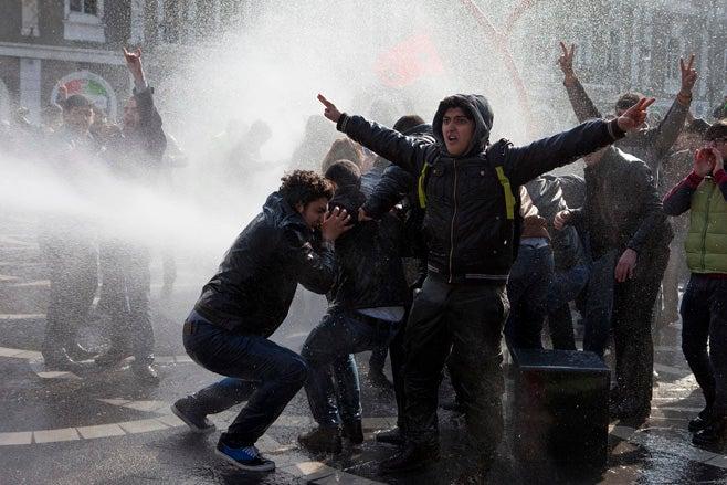 2013_azerbaijan_protest_presser_ru