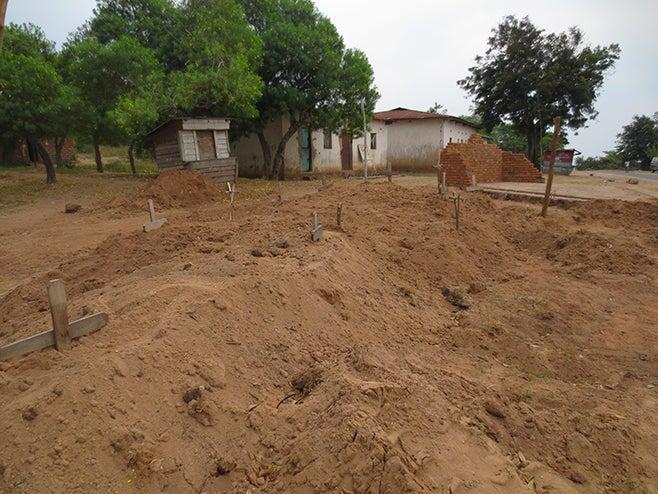 2014_AFR_DRC_Mass grave