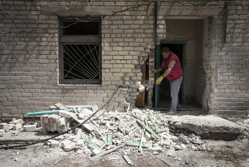 2014_Ukraine_LuhanskBuilding