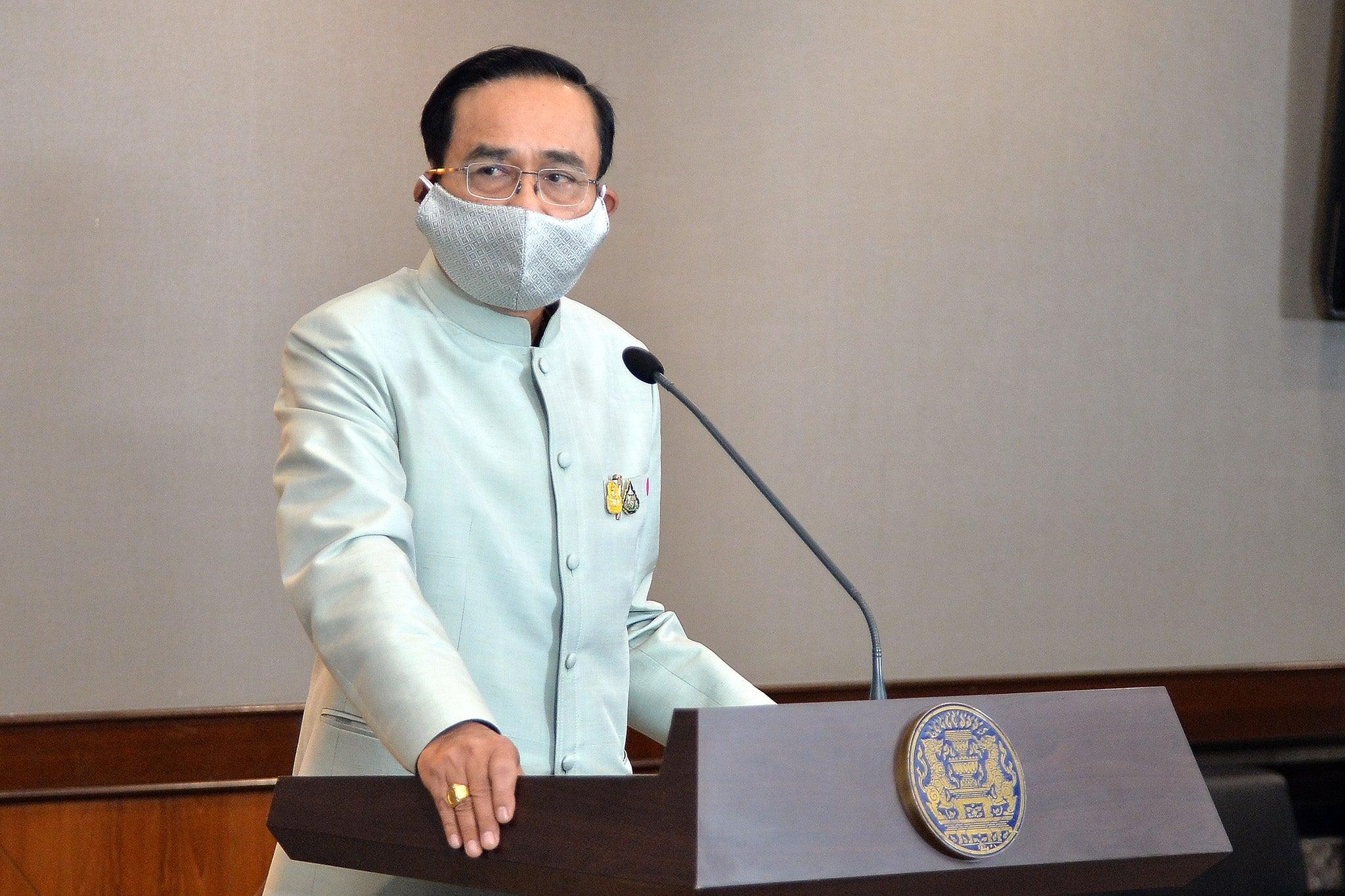 El Primer Ministro tailandés, el general Prayut Chan-Ocha, pronuncia un discurso televisado en Bangkok, Tailandia, el 24 de marzo de 2020 | Fuente: Royal Thai Government