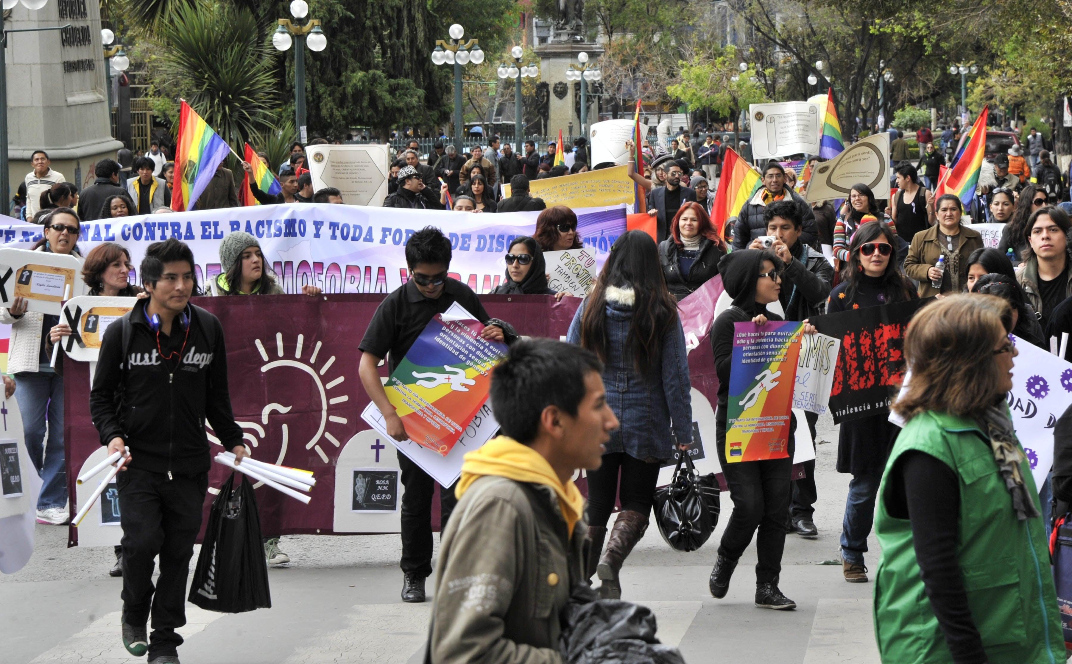 www.hrw.org: Bolivia: Civil Registries Should Recognize Same-Sex Unions