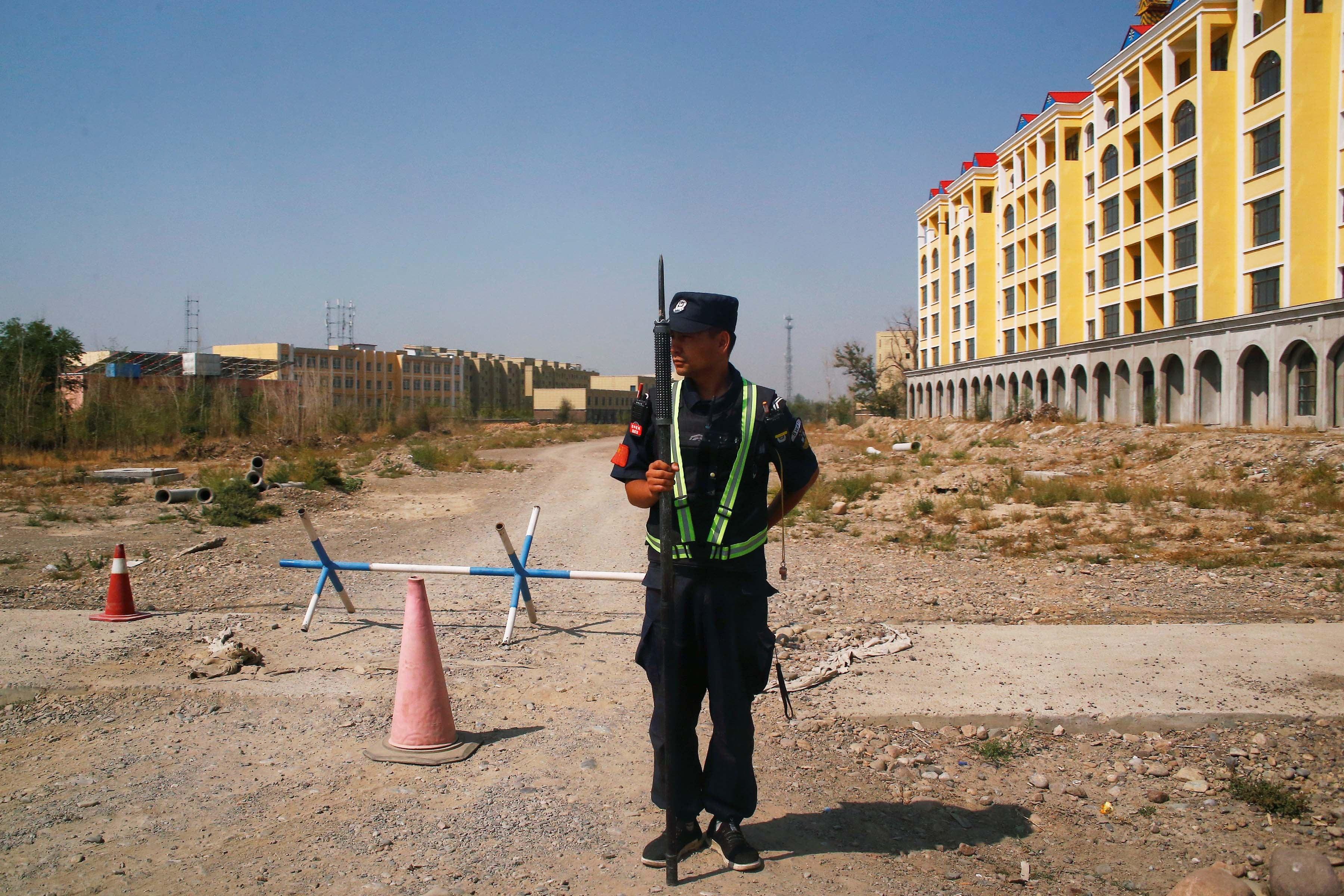 Chine : Crimes contre l'humanité au Xinjiang