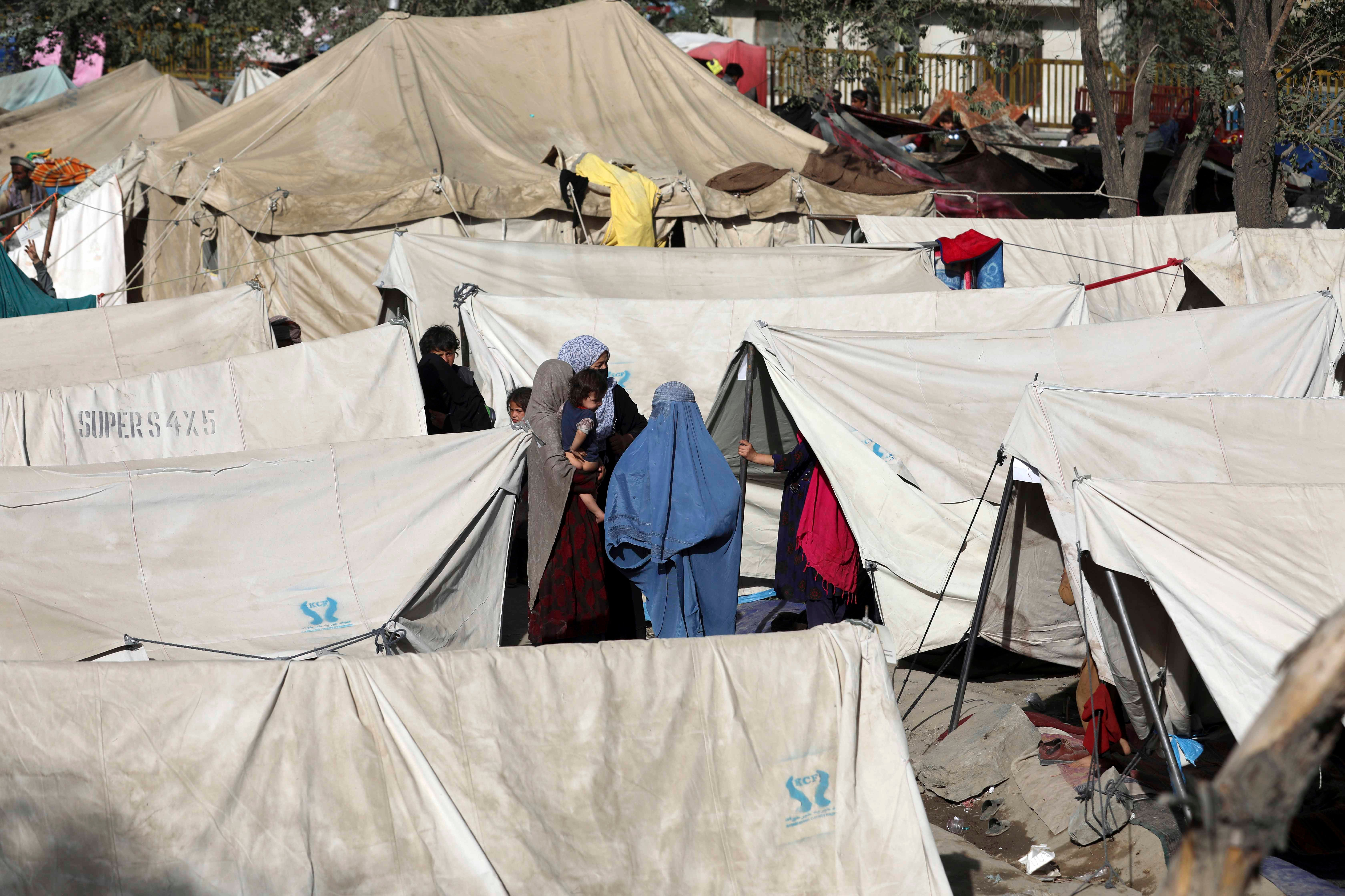 Afghanistan: At-Risk Civilians Need Evacuation, Protection