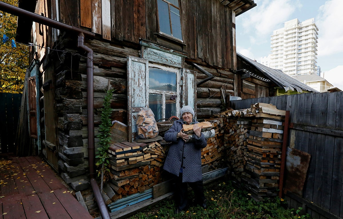 Russia: Insufficient Home Services for Older People