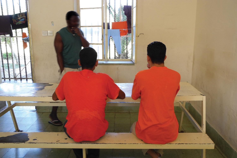Adult and Child Migrants in Malta   HRW