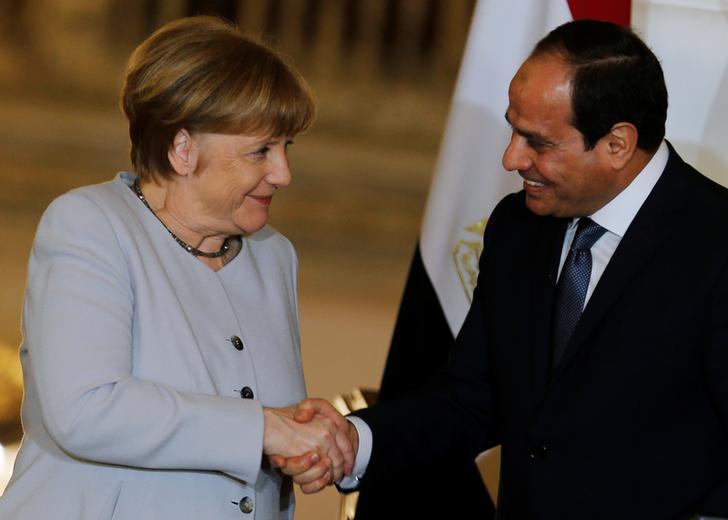 Ägyptens Präsident Abdel Fattah al-Sisi und die Bundeskanzlerin Angela Merkel nach ihrer Pressekonferenz im El-Thadiya-Palast des Präsidenten in Kairo, Ägypten, 2. März 2017.
