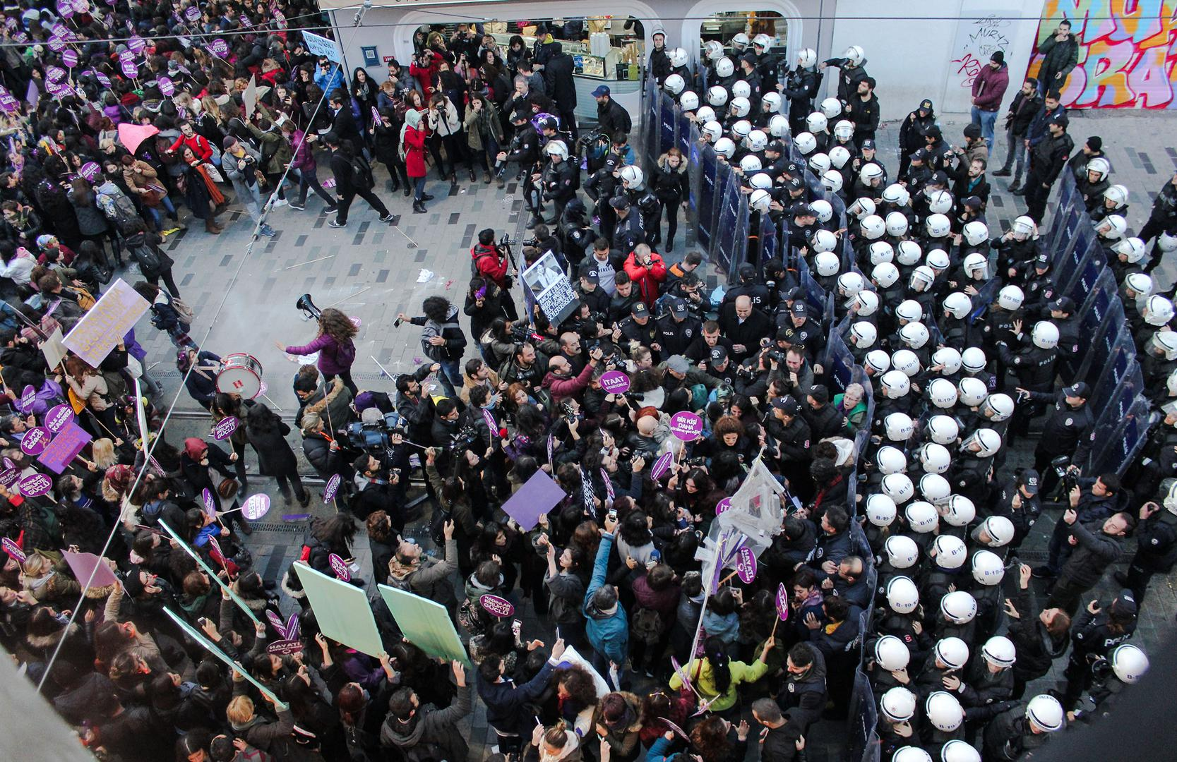Women assembled in Istanbul on International Day for the Elimination of Violence against Women are blocked by police, November 25, 2018.