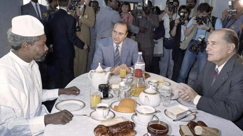 French president Francois Mitterrand (Right) and French Prime minister Jacques Chirac (Center) breakfast with Chadian President Hissene Habre (Left) during the 13th annual Franco-African summit meeting, on November 14, 1986 in Lome, Togo. © 1986 Daniel Ja