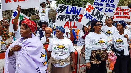 Activists from mining communities protesting at the Pietermaritzburg High Court on August 24, 2018, KwaZulu-Natal © 2018 Rob Symons