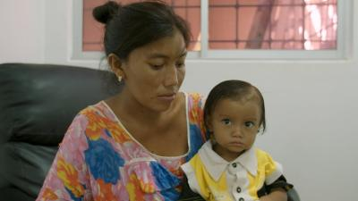 Wayuu woman with child