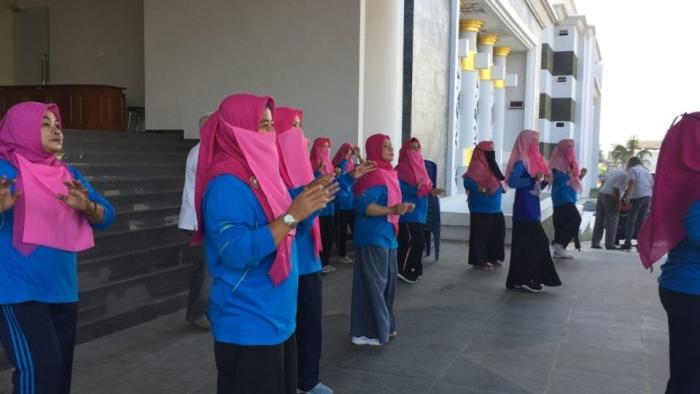 On July 3, for the first time, dozens of female civil servants participated in their weekly morning assembly wearing niqabs.