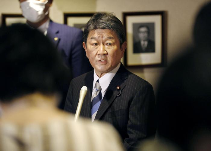 Japanese Foreign Minister Toshimitsu Motegi meets the media in Tokyo on May 28, 2020.