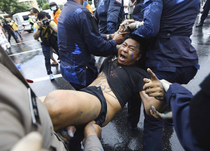 202010asia_thailand_democracy_arrests