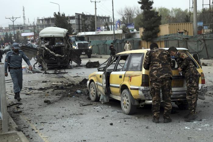 datând în kabul afganistan)