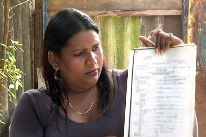 Sashini, a transgender woman in Colombo, has formally petitioned the National Human Rights Commission to urge the government to recognize her as female by issuing her official documents that reflect her livedgender. © 2016 Samantha