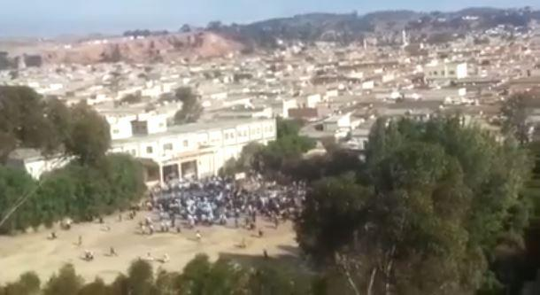 Screenshot of a video depicting the demonstration and shooting at the Al Diaa Islamic School in Asmara, Eritrea, October 2017.