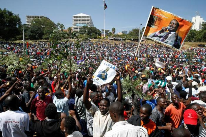 Supporters of Kenyan opposition leader Raila Odinga of the National Super Alliance (NASA) coalition gather ahead of Odinga's planned swearing-in ceremony as the President of the People's Assembly at Uhuru Park in Nairobi, Kenya, January 30, 2018. © 2018 R