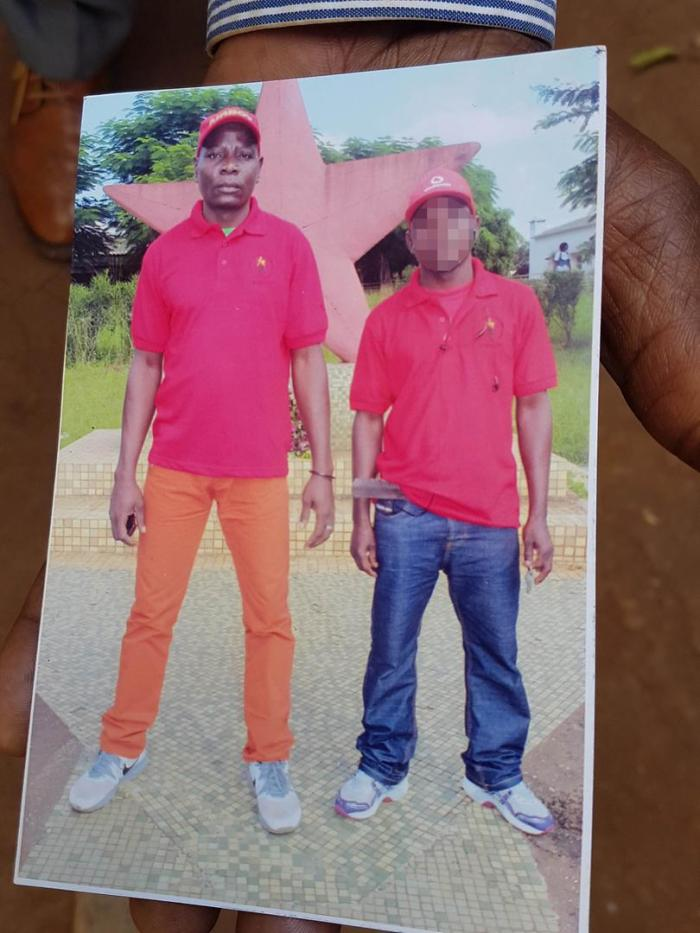 A photo of Manuel Fungulane (left), who was detained by soldiers near the Mapombwe checkpoint in Gorongosa on August 13, 2016 and has not been seen or heard from since.
