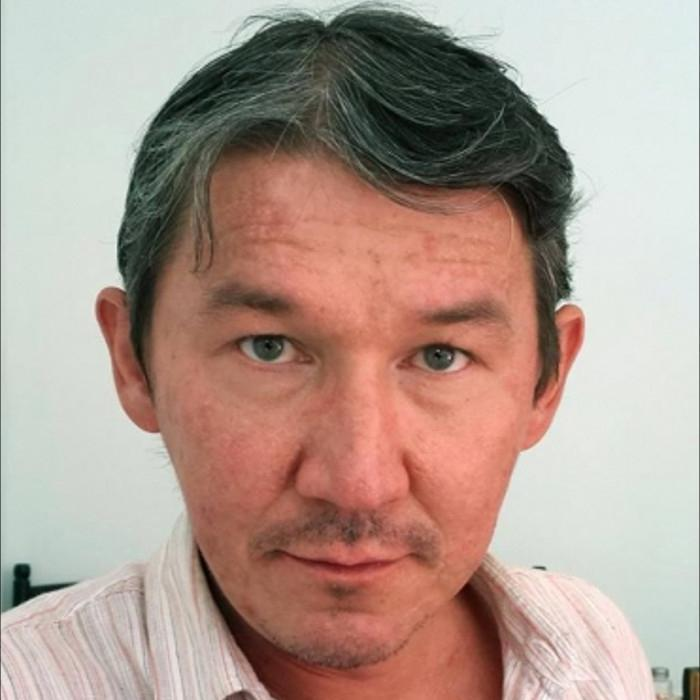 Sid Yanishev, independent journalist for a variety of publications, was briefly detained by Uzbek security services officers in November 2017 and is still subject to regular police surveillance.