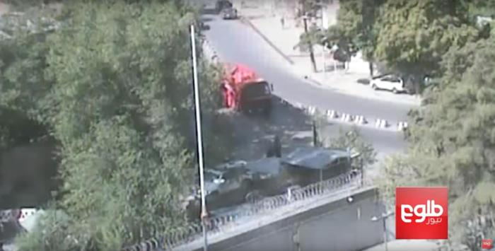 Screenshot of footage of the tanker truck about to turn right at the checkpoint in central Kabul, May 31, 2017.
