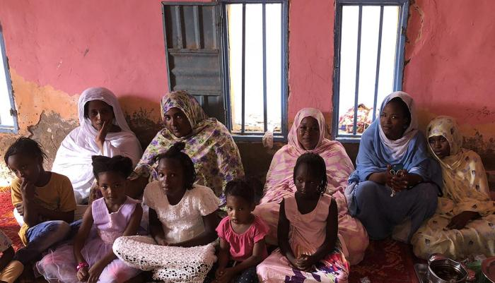 Relatives of detained activist Abdallahi Yali gather at their home in Nouakchott, Mauritania, September 2018. © 2018 Eric Goldstein/Human Rights Watch