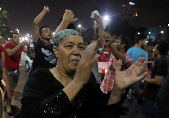 Small groups of protesters gather in central Cairo shouting anti-government slogans in Cairo, Egypt September 21, 2019.