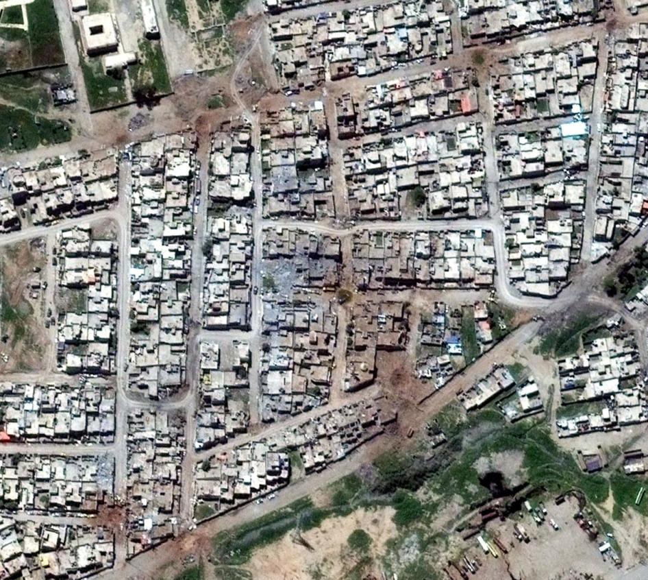Satellite Imagery of Tanak neighborhood in Mosul on April 26, 2017.