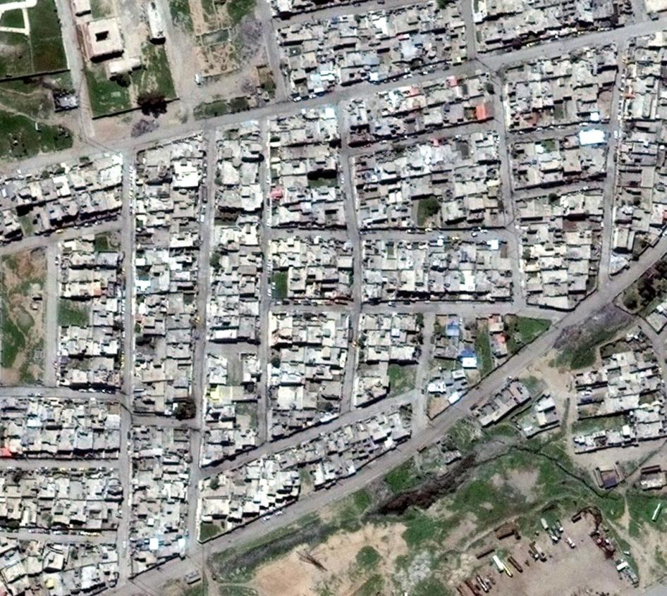 Satellite Imagery of Tanak neighborhood in Mosul on April 10, 2017.