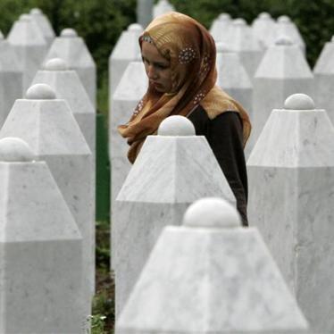 Bosnie : L'homme le plus recherché après le massacre de Srebrenica est toujours en fuite