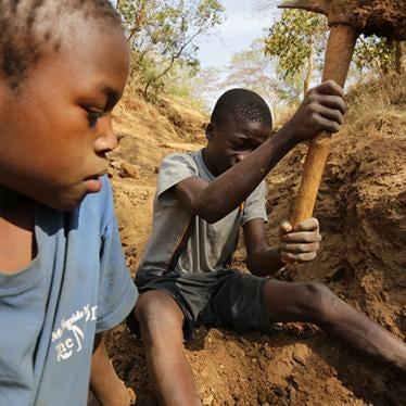 تنزانيا - الحياة الخطرة لعمال المناجم الأطفال