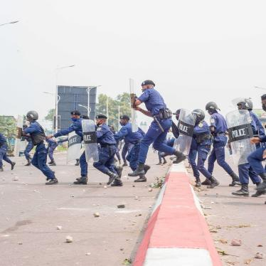Police officers clash with demonstrators in Kinshasa on July 9, 2020 in demonstrations over the appointment of the new president of the Electoral Commission.