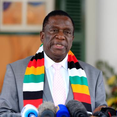 Zimbabwean President Emmerson Mnangagwa addresses the media at State House in Harare, Zimbabwe, March, 17, 2020.