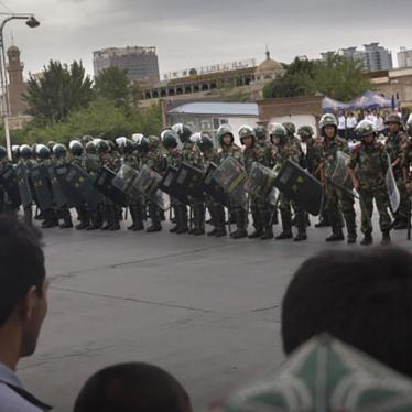 中国:应允许对新疆暴力冲突进行独立调查