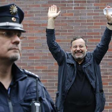 Germany: Investigate Detention of Egyptian Journalist