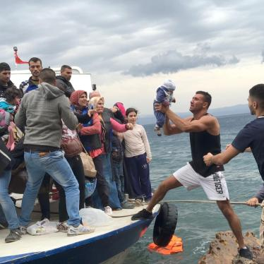 米国:トランプ大統領令 難民に打撃