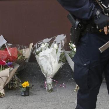 フランス:同時多発テロで死者100人超