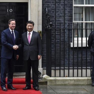 时评:伦敦逢迎北京无理要求?