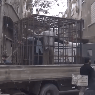 Syria: Armed Groups Use Caged Hostages to Deter Attacks