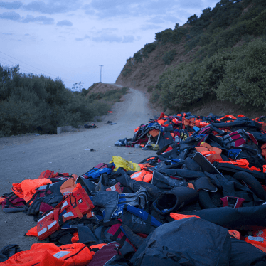 Dispatches: Let Refugees on Buses, Greece