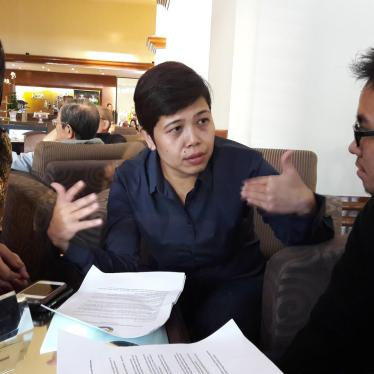 Indonesian LGBT Activists Receive Free Expression Award