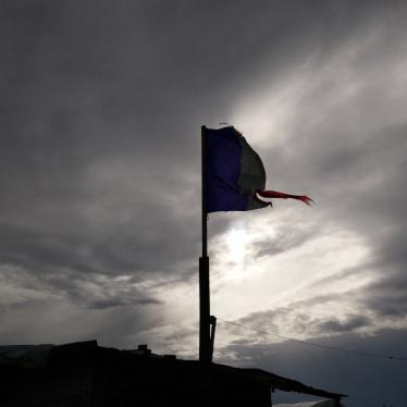 France/Royaume-Uni : Assurer la protection des enfants avant de démanteler les camps de Calais