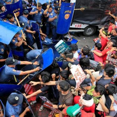 Philippine Police Probe Violent Protest Dispersal