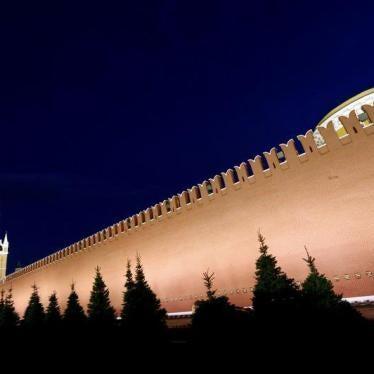 Russie : Non-respect de l'engagement à enquêter sur des raids aériens
