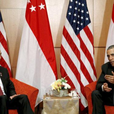 Singapore: Obama Should Spotlight Rights Restrictions